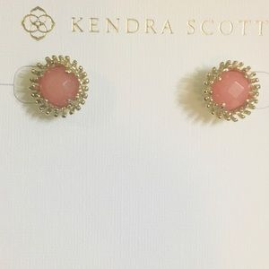 EUC Kendra Scott Carly studs
